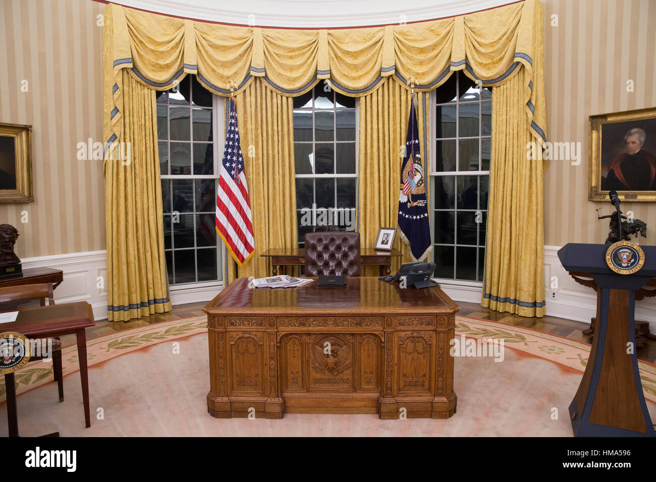 the white house oval office. Washington, USA. 1st February, 2017. General Views Of The Oval Office In White House