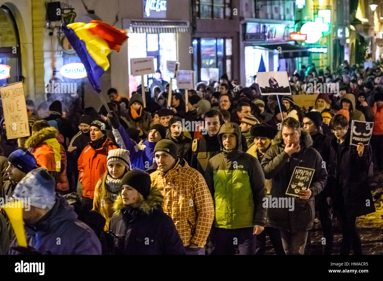 Brasov, Romania. 1st Feb, 2017. People protest against the decision of prisoner pardon, especially for corruption, - Stock Image