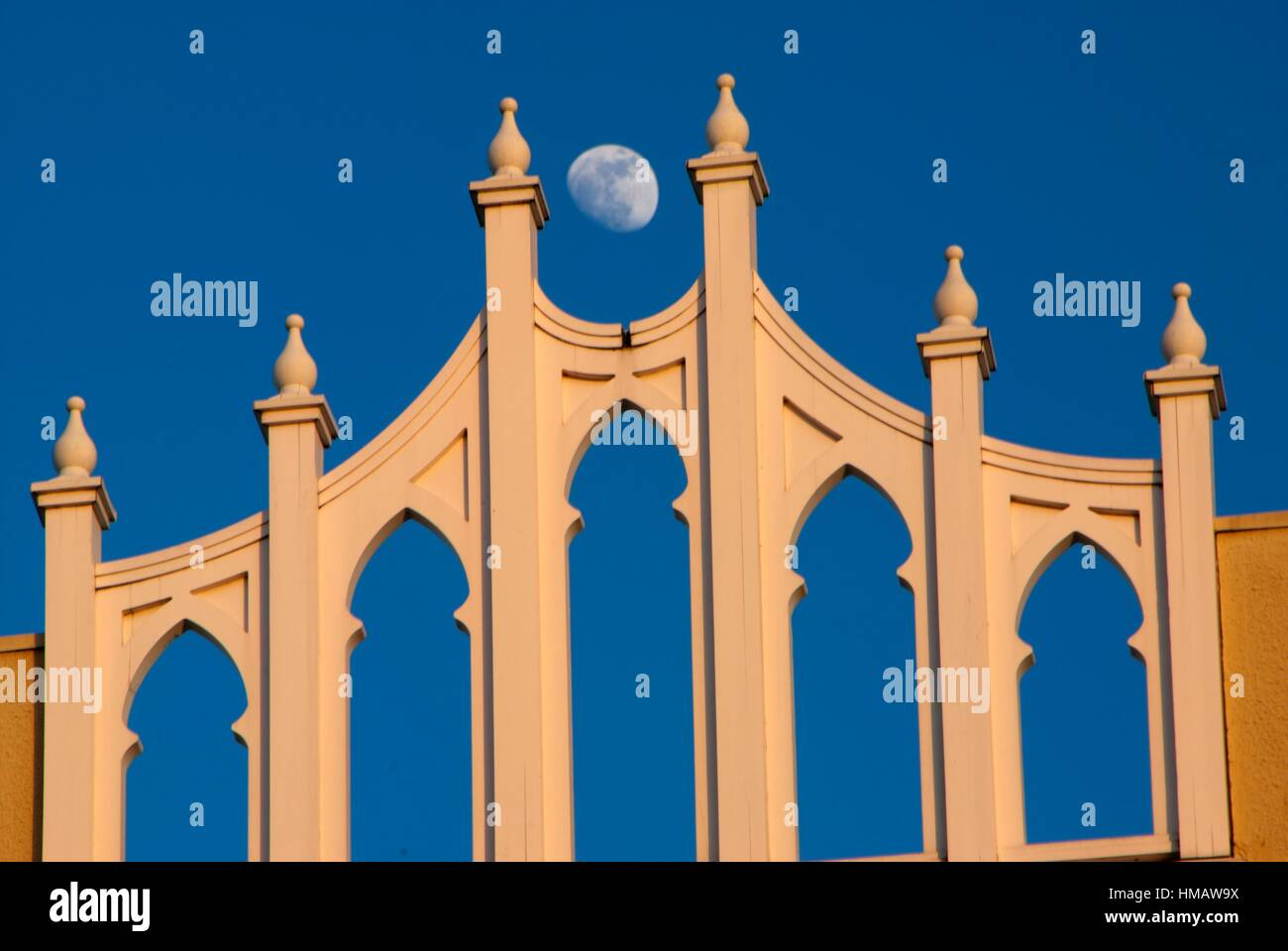 Elsinore Theater facade with moon, Salem, Oregon. - Stock Image
