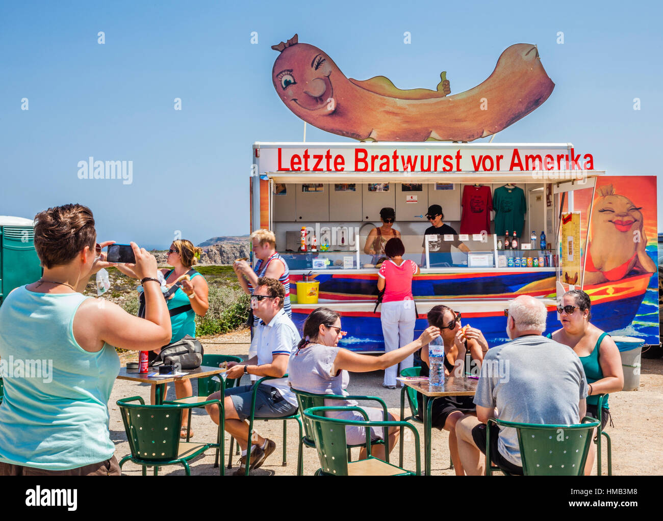 'Letzte Bratwurst vor Amerika', nifty business idea of a Frankonian couple, selling german sausage specialities - Stock Image