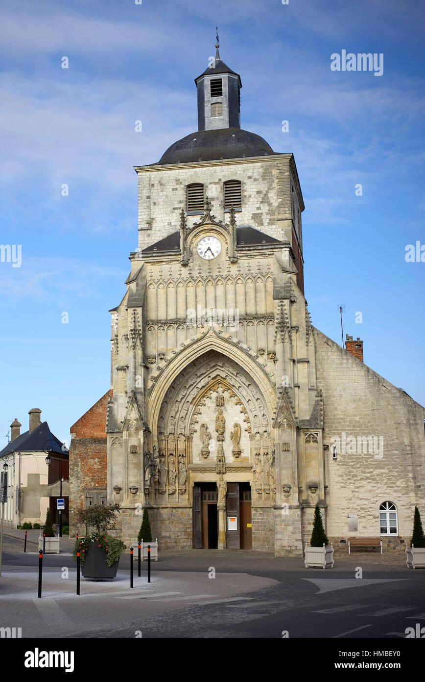 Église abbatiale Saint-Saulve, Montreuil, Pas-de-Calais, France - Stock Image