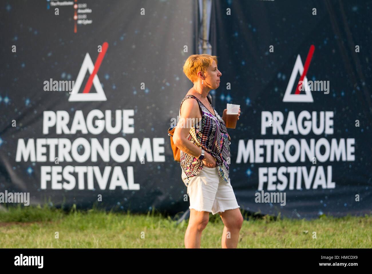 PRAGUE, CZECH REPUBLIC - JUNE 25, 2016: Festival goers at the Metronome Festival on June 25, 2016 in Prague, Czech - Stock Image