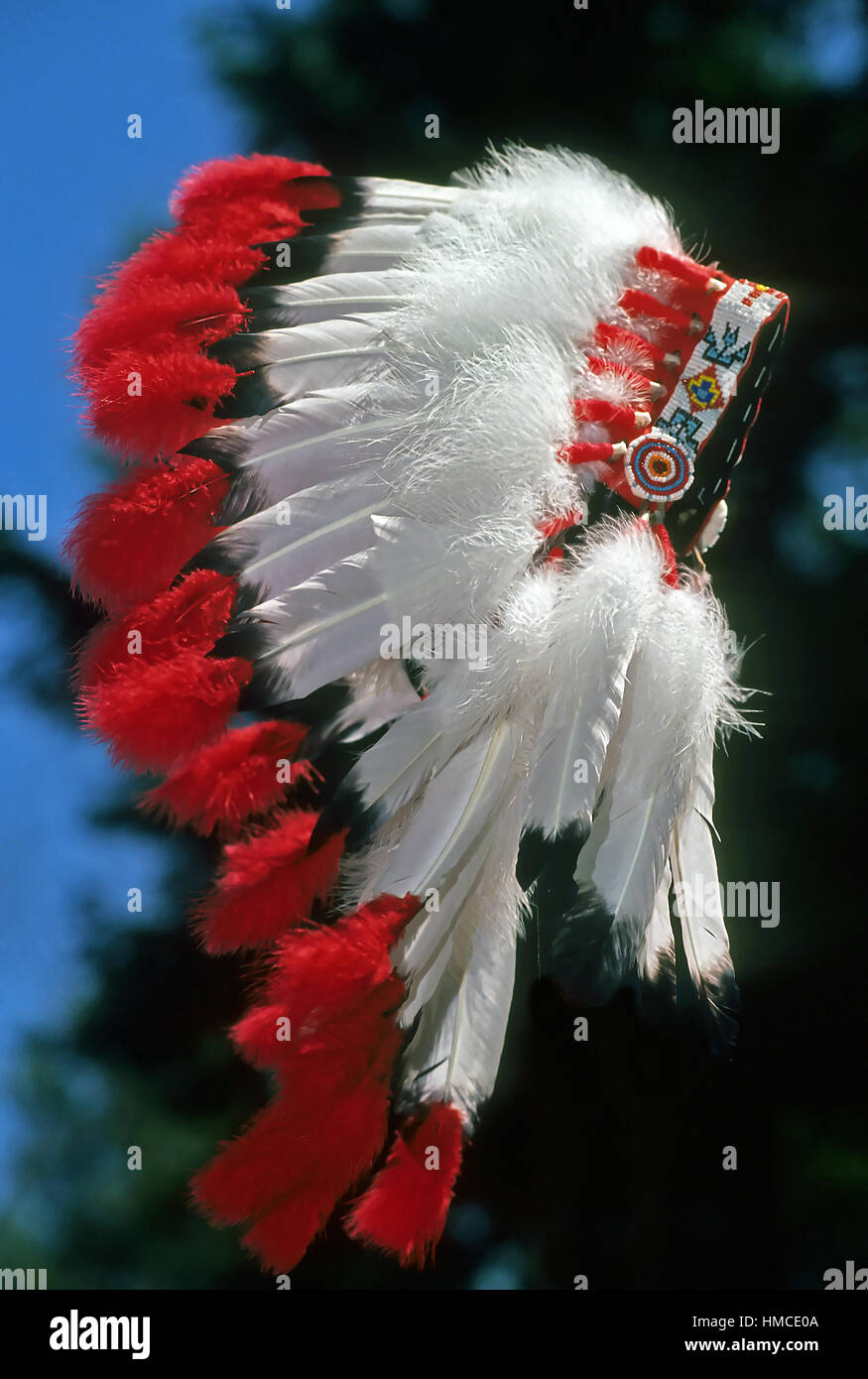Muscogee Native American war bonnet. - Stock Image