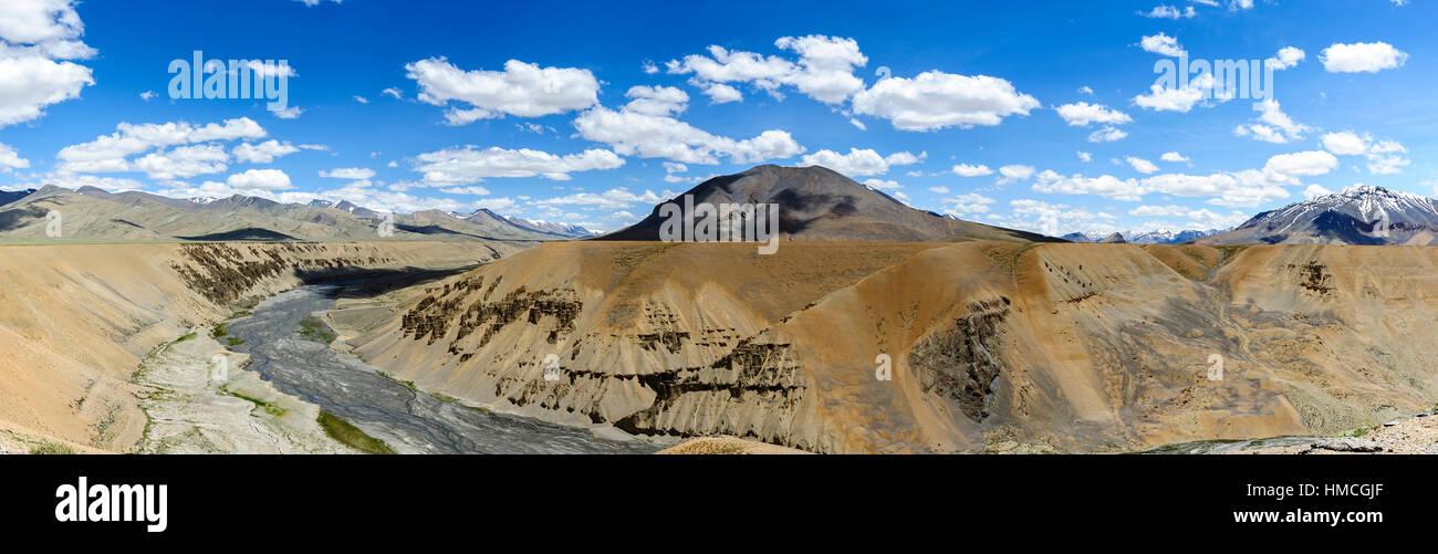 Panorama view of Pang Canyon (Alt.4,513 meters) near a village called Pang, Keylong Leh road, India - Stock Image