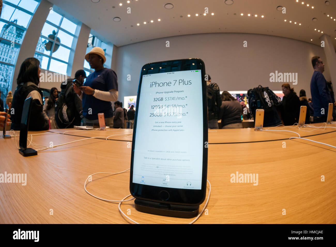 An iPhone 7 Plus in the temporary Apple store on Fifth