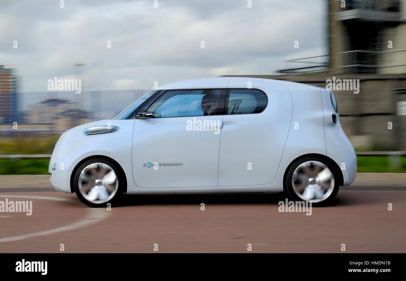 2010 Nissan Townpod concept car - Stock Image