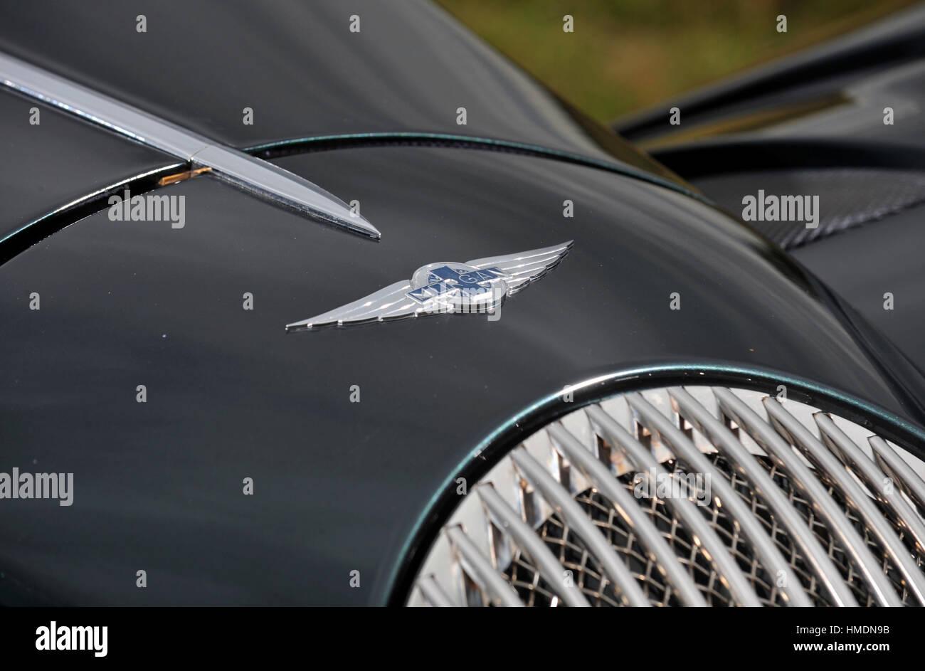2010 Morgan Aero retro styled British V8 sports car badge - Stock Image