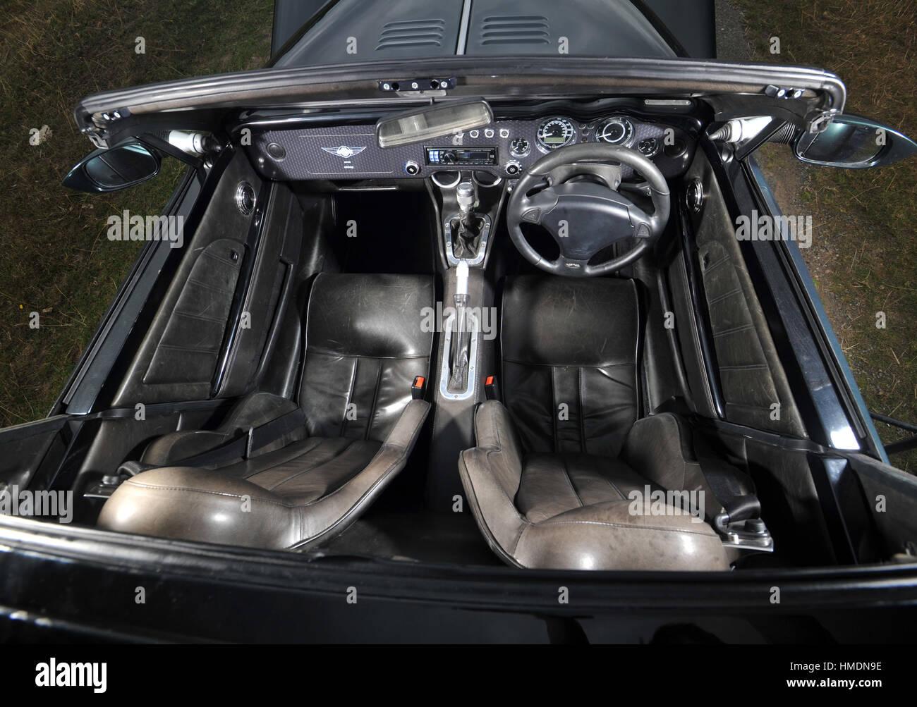 2010 Morgan Aero retro styled British V8 sports car interior - Stock Image