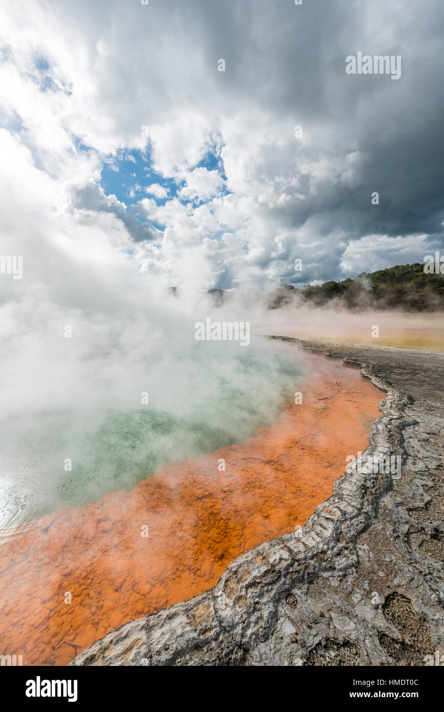 Champagne Pool, hot spring, Waiotapu Geothermal Wonderland, Rotorua, North Island, New Zealand - Stock Image