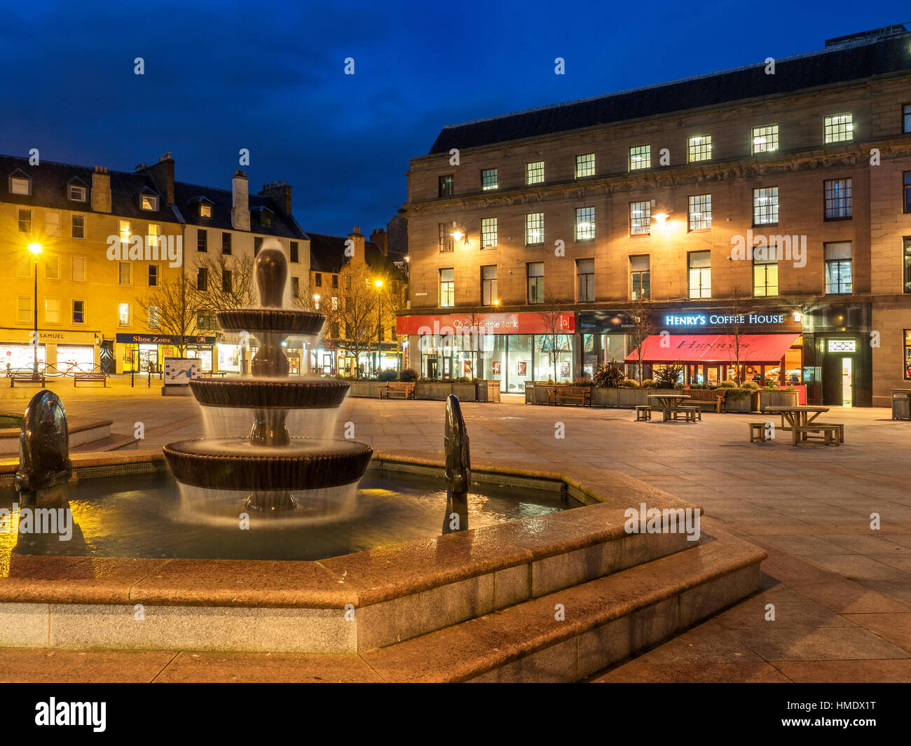 Fountain in City Square at Dusk Dundee Scotland - Stock Image