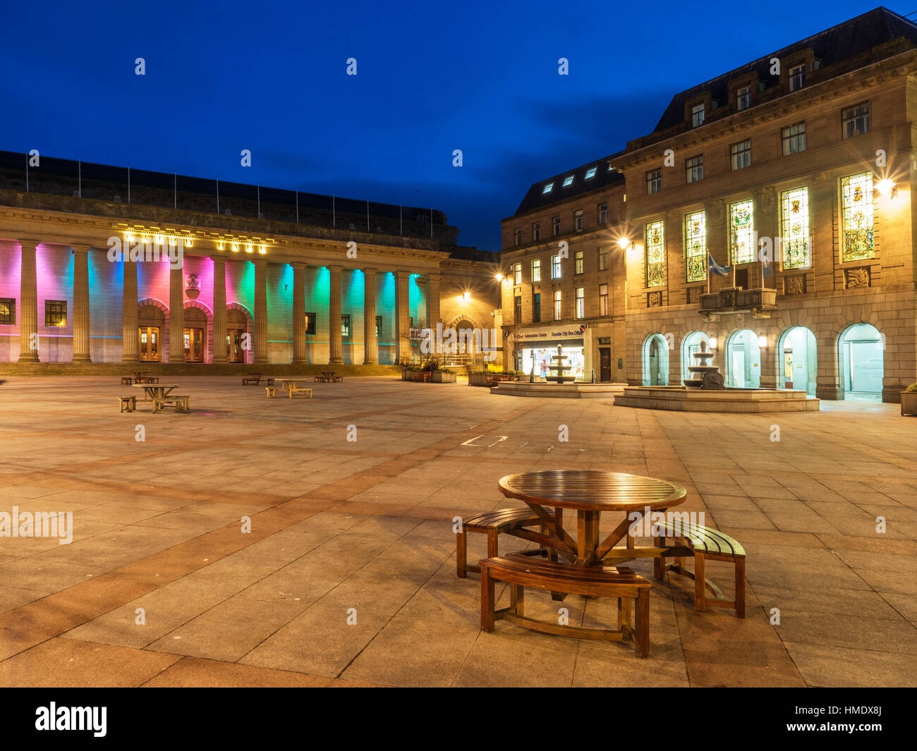 Caird Hall and City Chambers in City Square at Dusk Dundee Scotland - Stock Image