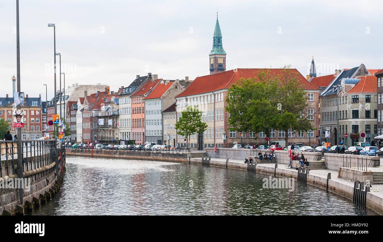 COPENHAGEN, DENMARK - SEPTEMBER10, 2011: cityscape with Frederiksholms Kanal in Copenhagen city in autumn evening - Stock Image