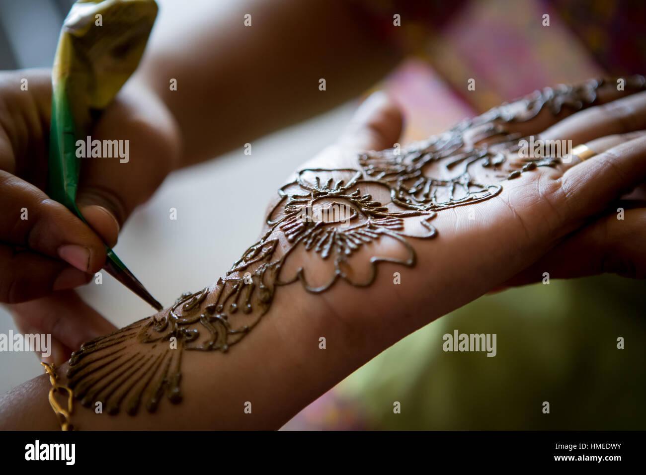 Close up of henna hand painting, Madurai, India - Stock Image