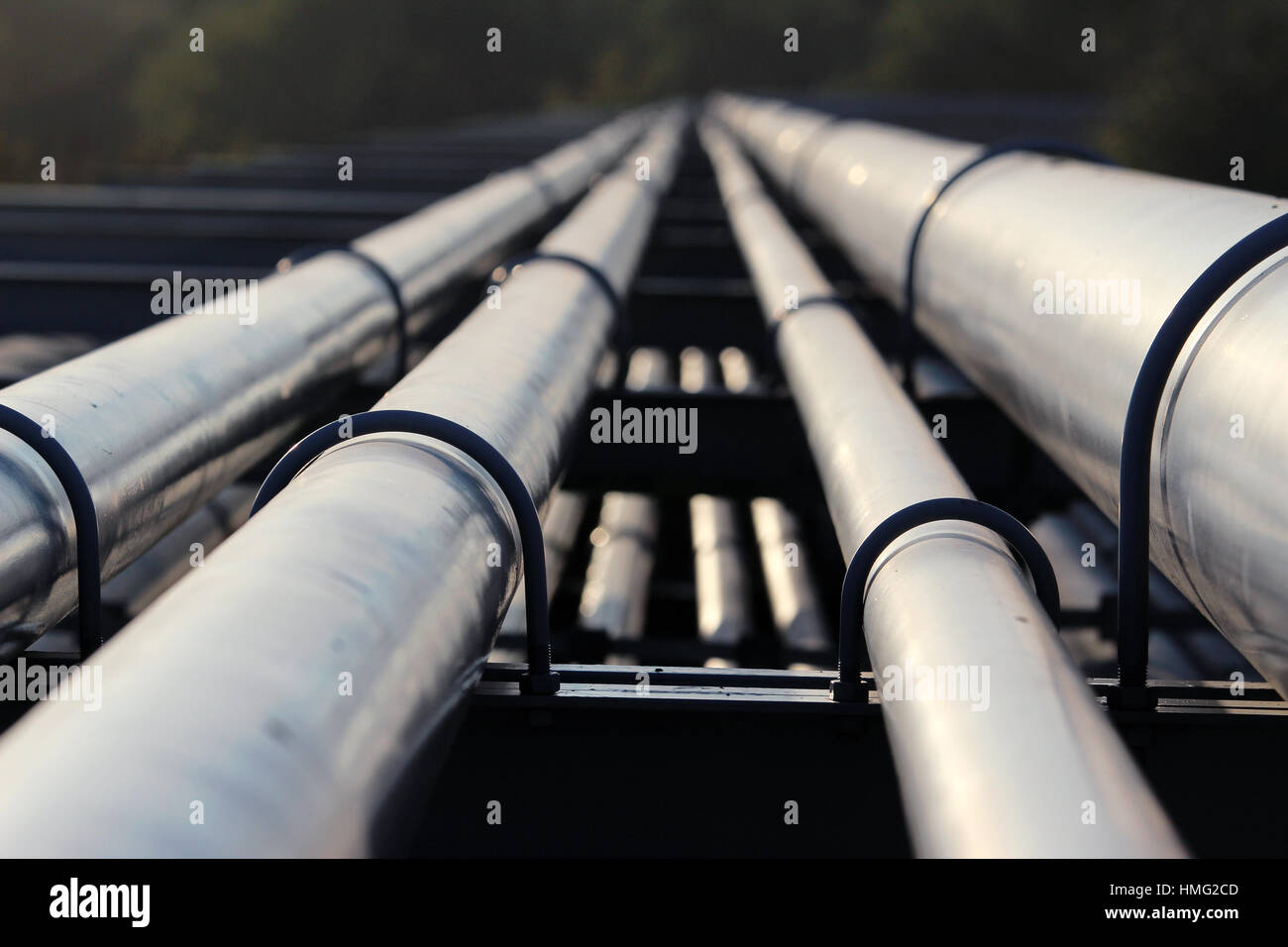 crude oil pipeline transportation to refinery - Stock Image