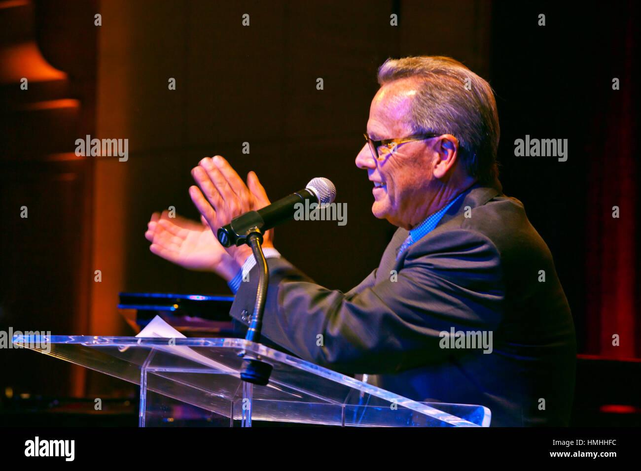 TIM JACKSON speaks at the GALA DINNER of the 59th MONTEREY JAZZ FESTIVAL - MONTEREY, CALIFORNIA Stock Photo