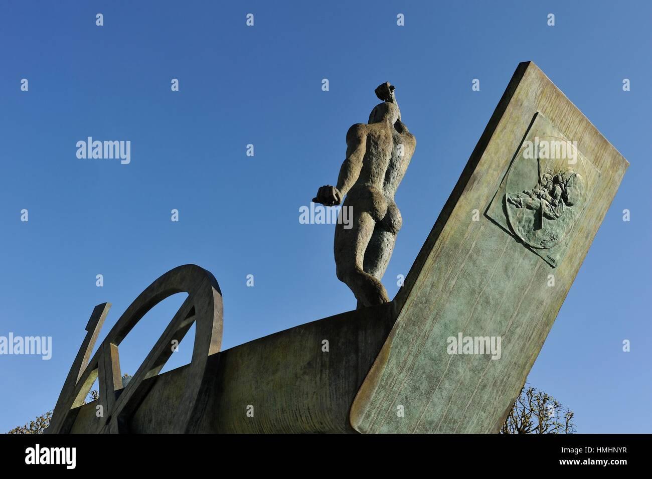 ´´Barque Solaire´´ work by the Franco-Czech sculptor Karel Zlin, Castle ´s park of Rambouillet, - Stock Image