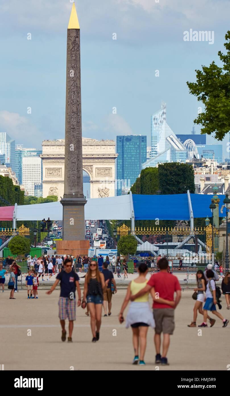 Place de La Concorde, Arc de Triomphe and La Defense from Tuileries Garden, Paris, France - Stock Image