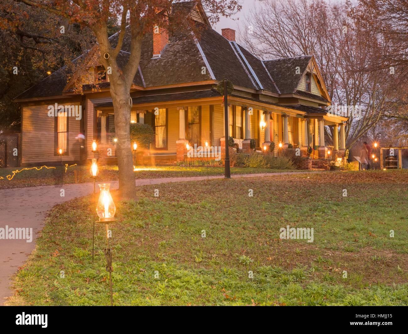 Dallas Heritage Village Candlelight Celebration. - Stock Image