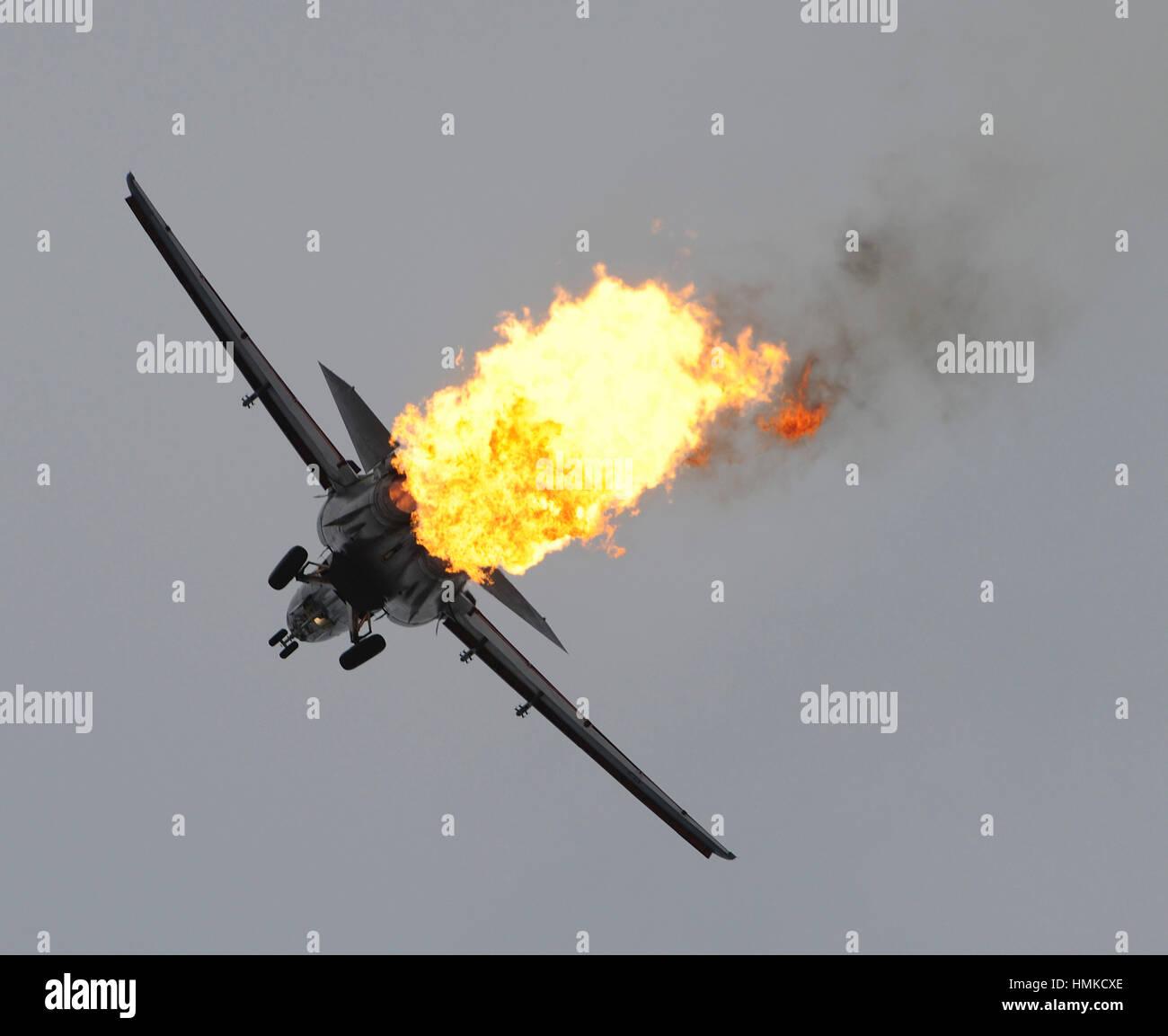 Royal Australian Air Force RAAF General Dynamics F-111C Aardvark ÔDragonÕs burnÕ in flying-display - Stock Image