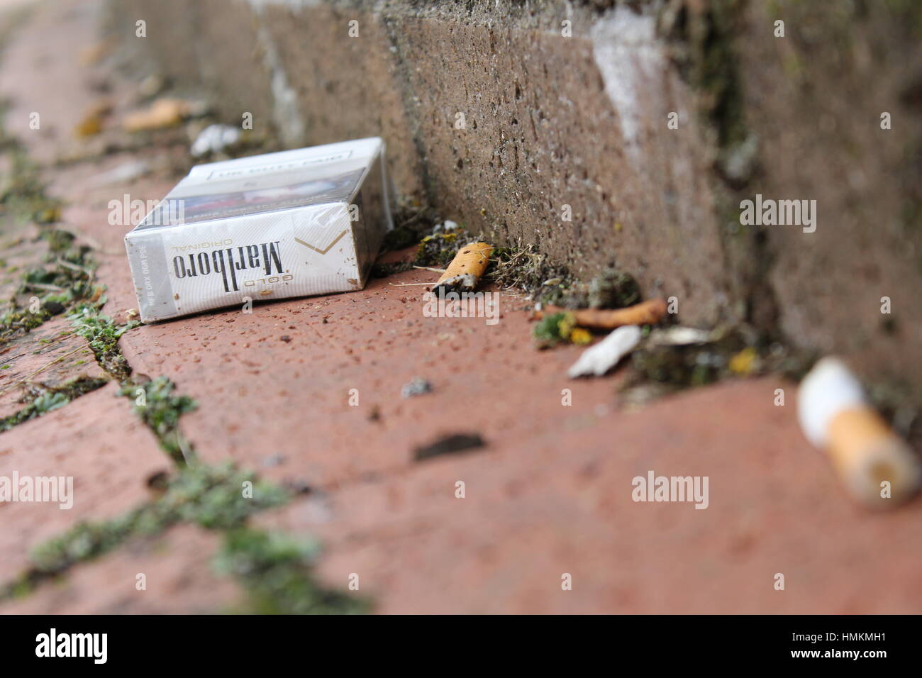 Buy cigarettes Viceroy filters London