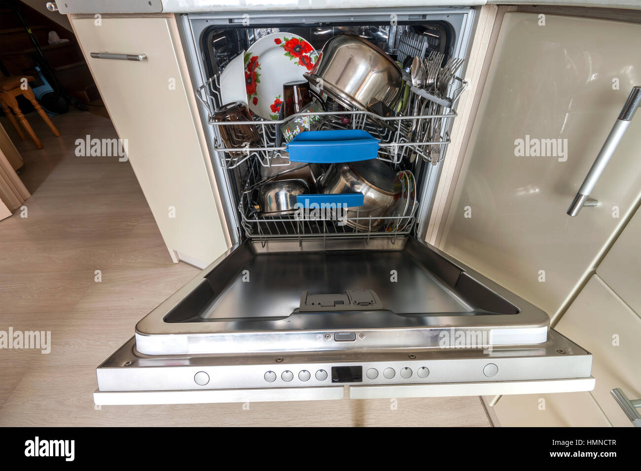 Build In Dishwasher With Opened Door With Clean Glass And Dishes In Modern  Kitchen, Selective Focus