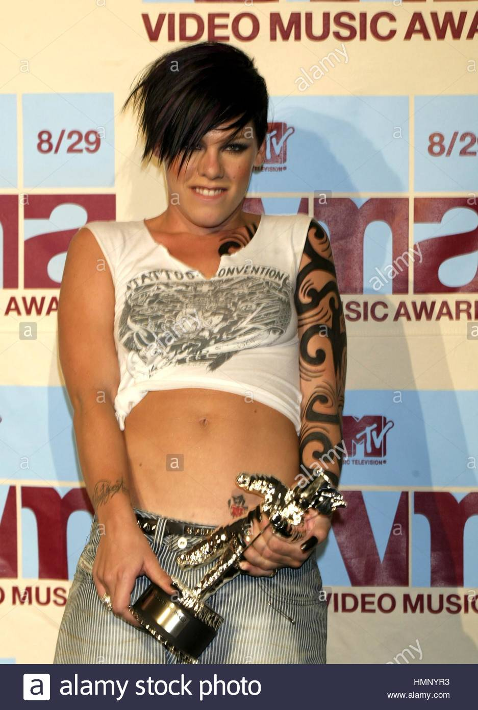 Pink 2002 MTV Video Music Awards Radio City Hall New York August 292002