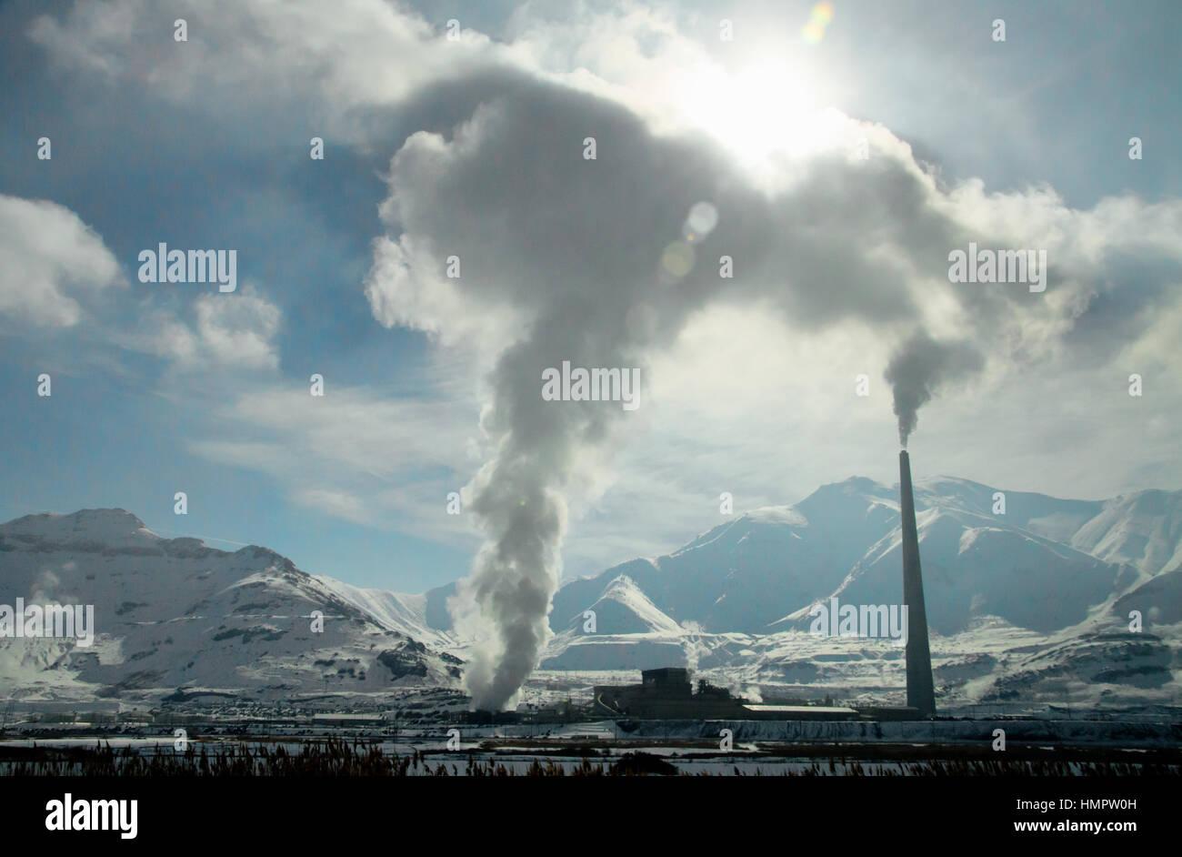 Smoke Emissions Stock Photos & Smoke Emissions Stock Images - Alamy