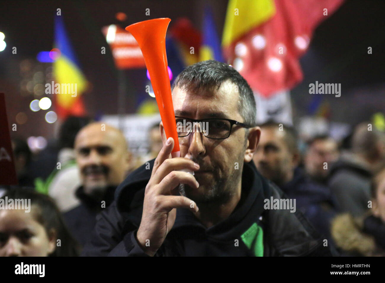 Bucharest, Romania. 4th Feb, 2017.  Over one hundred thousand people protest in front of Romanian Government against - Stock Image