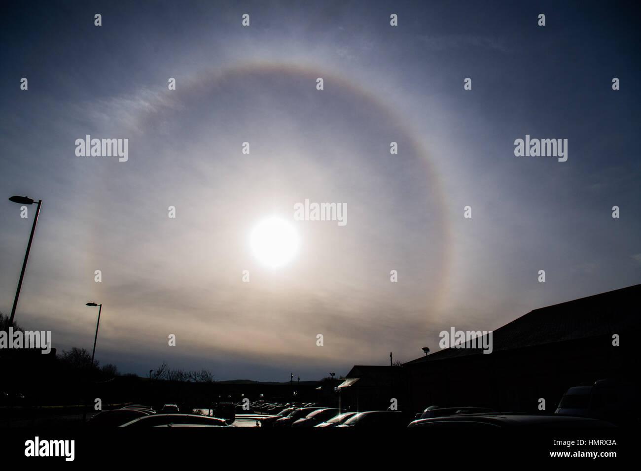 Aberystwyth Wales UK, Sunday 05 February 2017  UK Weather: On a cold February morning a spectacular 'Sun Halo' - Stock Image