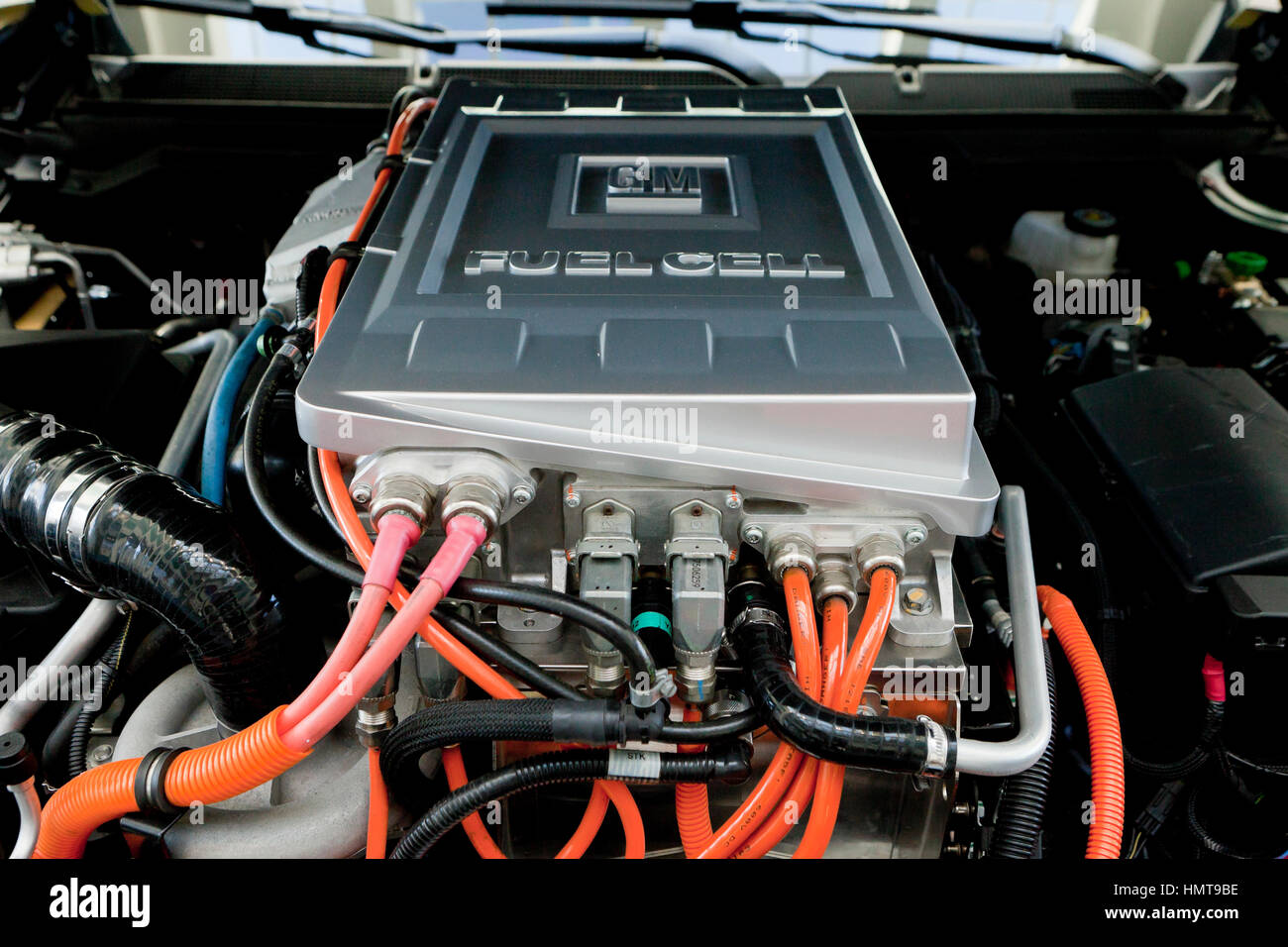 GM Hydrogen Fuel Cell car engine bay - USA - Stock Image