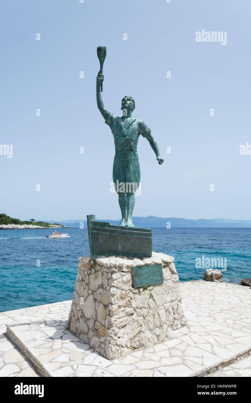statue of Giorgos Anemoyiannis, at the entrance to Gaios Harbour, Paxos, Greece - Stock Image