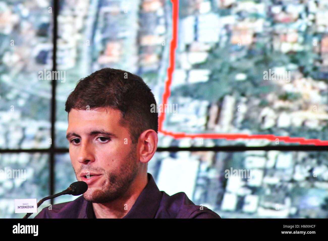 dating Coach Rodrigo Farah gammeldagse termer for dating