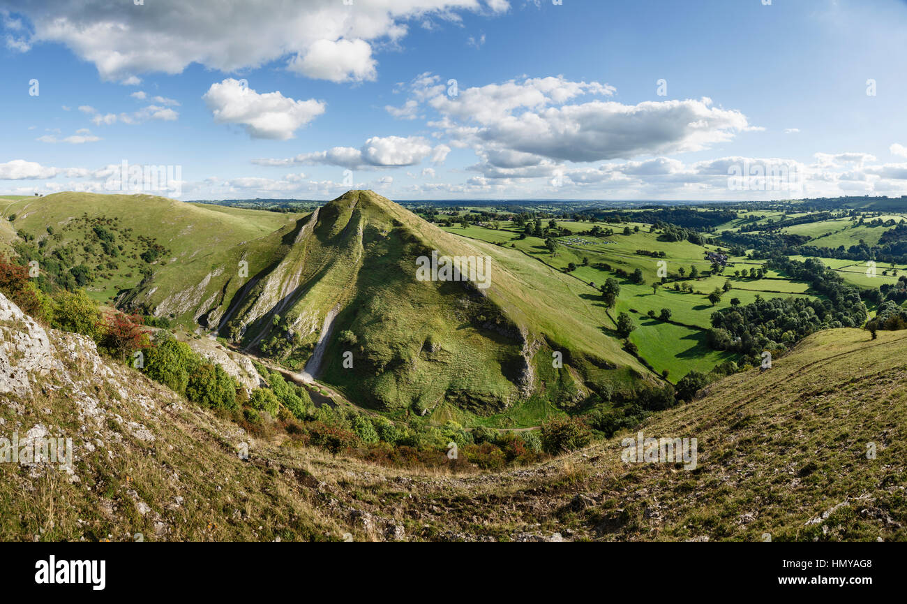Thorpe Cloud and Dovedale from Bunster Hill, Peak District National Park, Staffordshire/Derbyshire - Stock Image