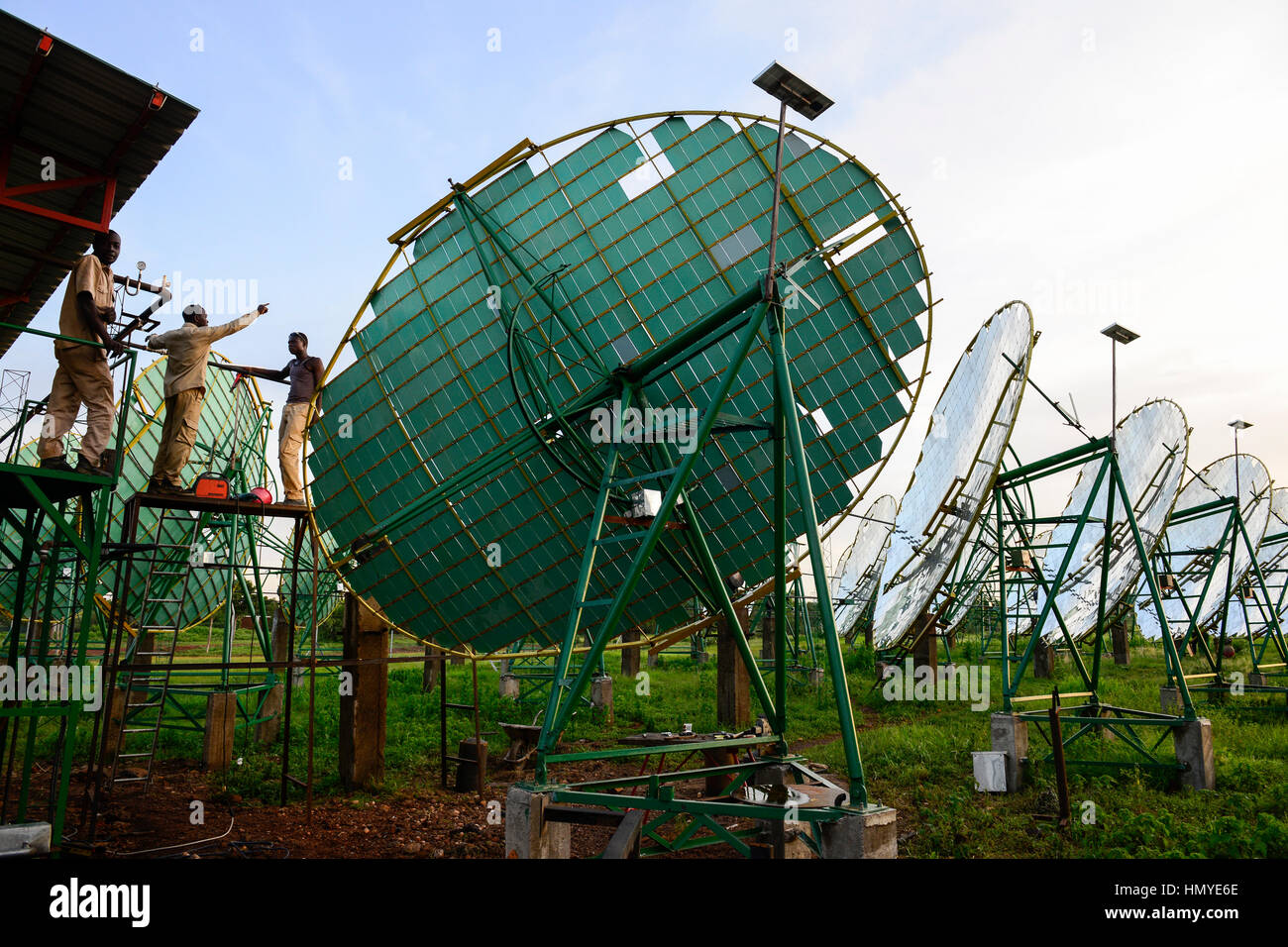 BURKINA FASO, Dano, foundation Dreyer, rice mill with solar cooker, steam is produced by parabolic mirror to process - Stock Image
