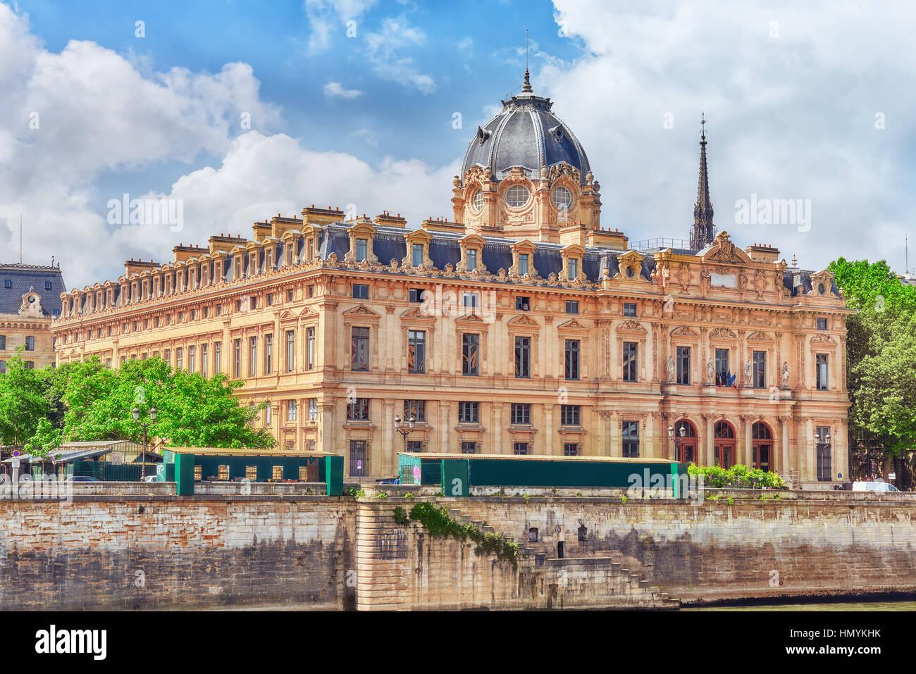 River Seine, Registry of the Paris Commercial Court and Bridge of Changed in Paris. France. - Stock Image