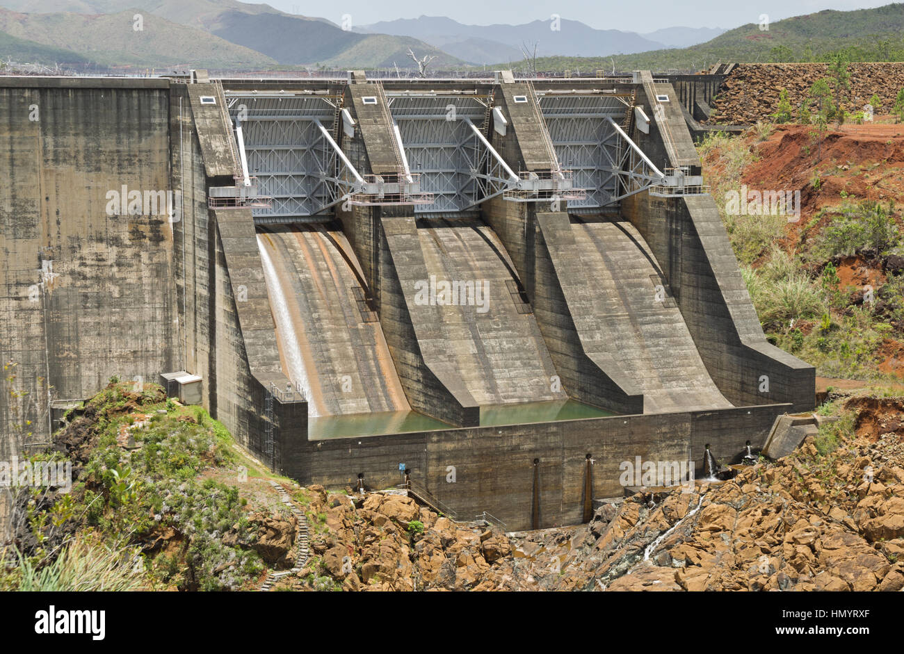 concrete arch Yate Dam spillway in New Caledonia - Stock Image