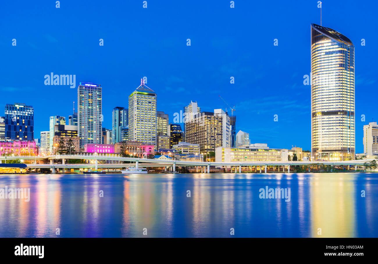 Brisbane cityscape at twilight - Stock Image