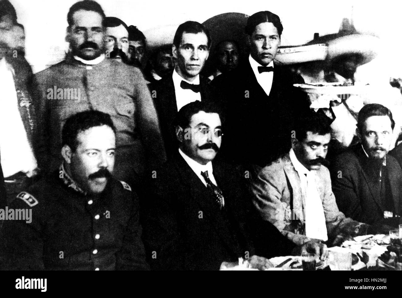 Villa, Eulalio Gutierrez and Emiliano Zapata together for a banquet between the Huerta and Carranza presidencies - Stock Image