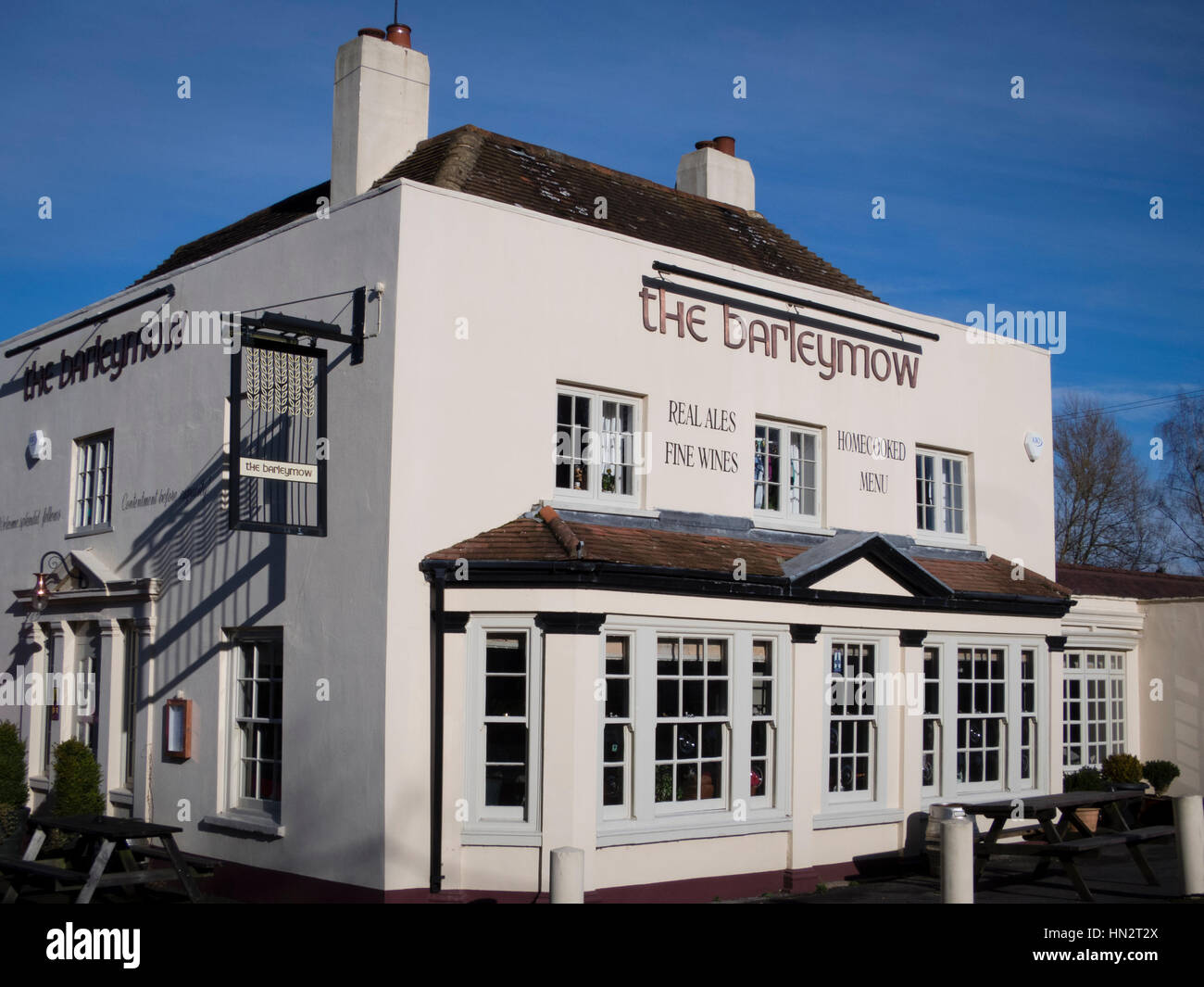 The Barley Mow Pub, Winchfield, Hants Stock Photo