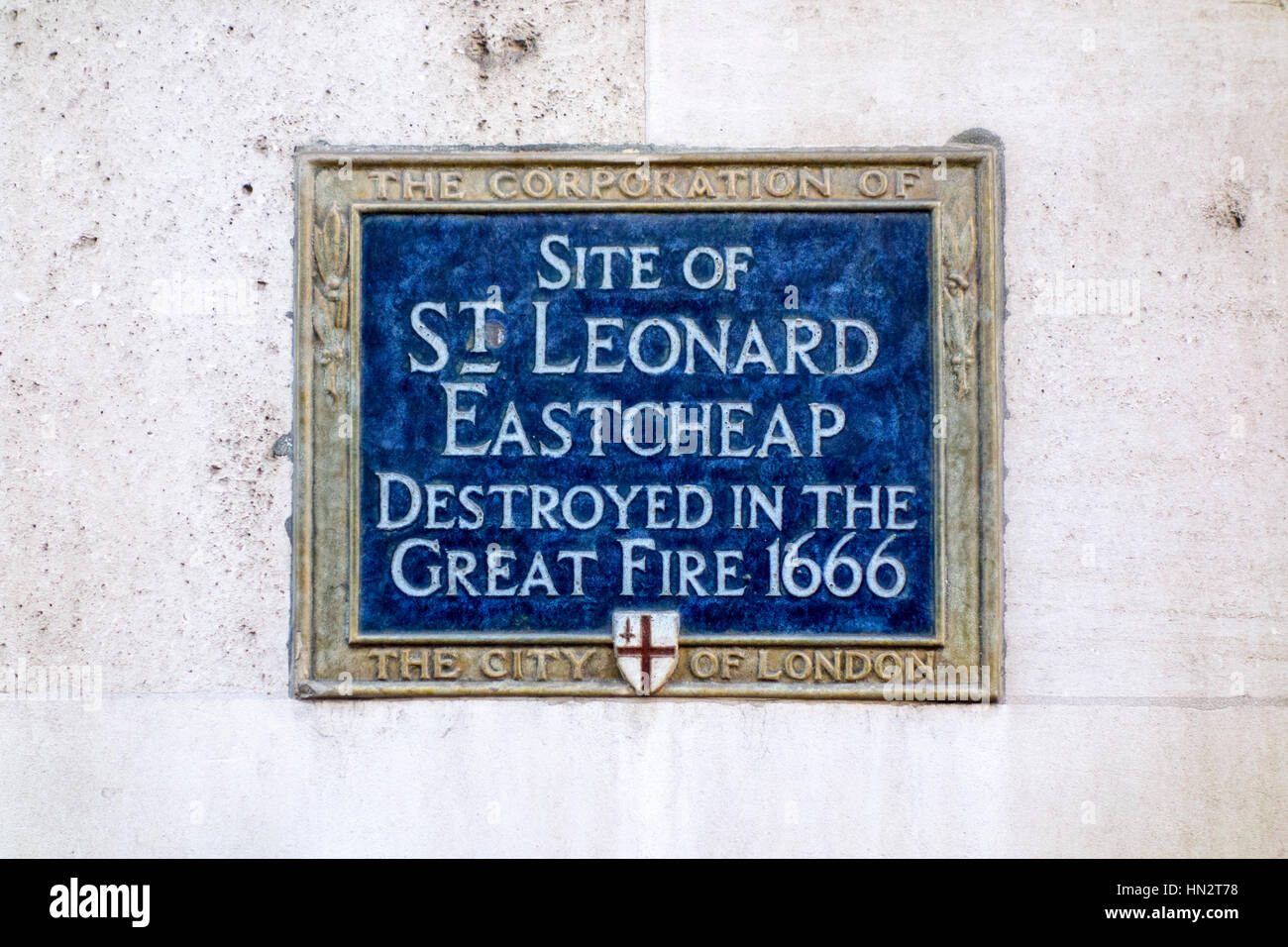 Blue Plaque showing the site of St Leonard Eastcheap, destroyed in the Great Fire of London 1666 - Stock Image