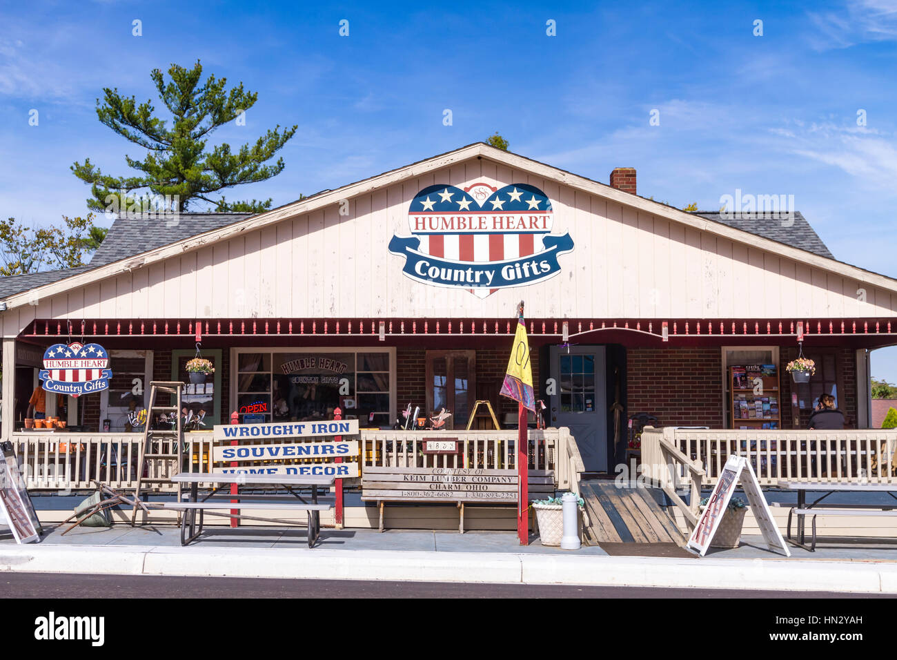 The Hungry Heart Country gifts shop in Berlin, Ohio, USA. - Stock Image