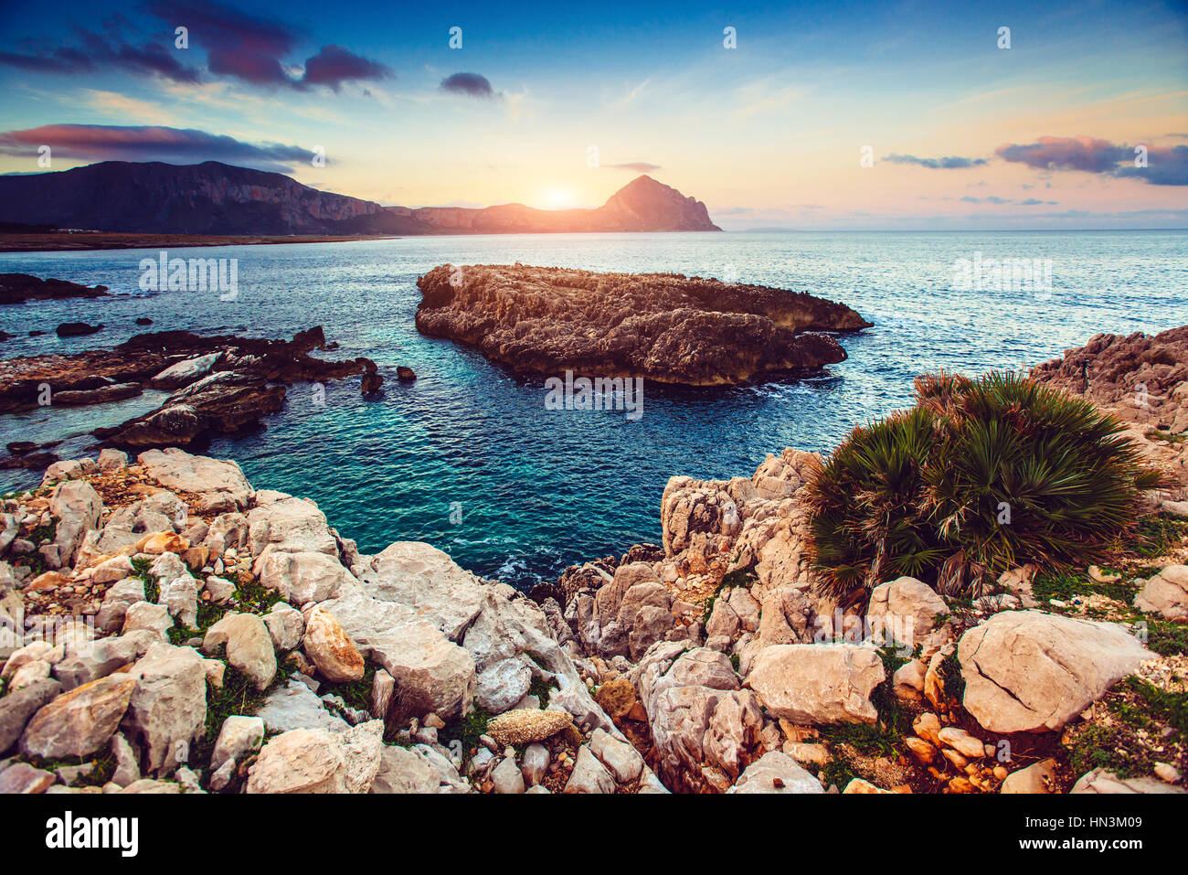 view of the pacific coastline - Stock Image