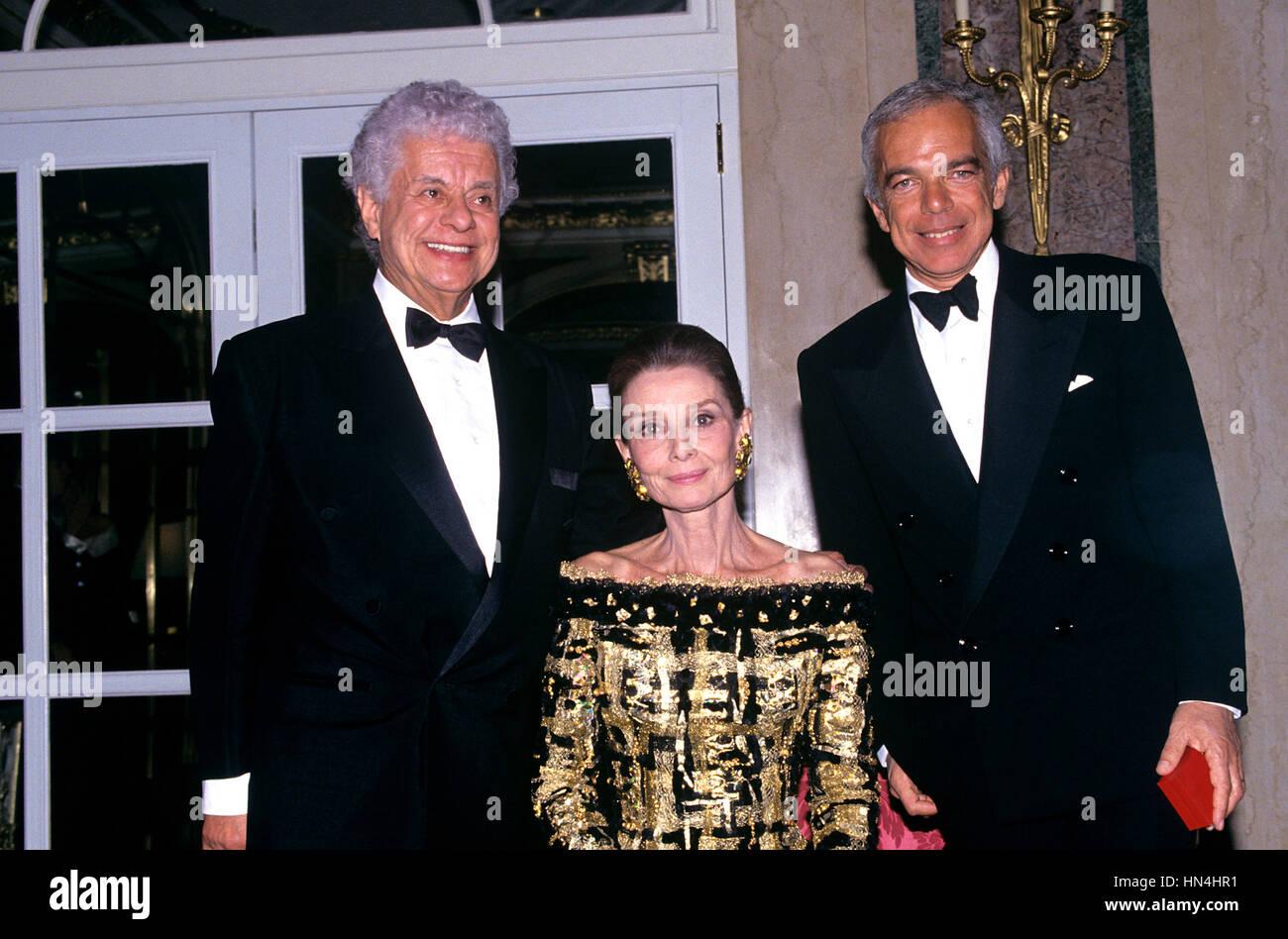 Tito Puente, Audrey Hepburn & Ralph Lauren pictured in October 1992. - Stock Image