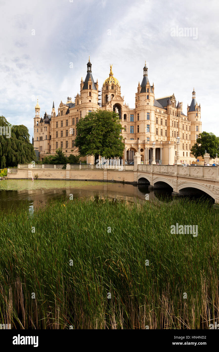 Schwerin, Germany - July 7th, 2012. Front view of Schwerin Castle, Mecklenburg-Vorpommern, the seat of the Landtag. - Stock Image