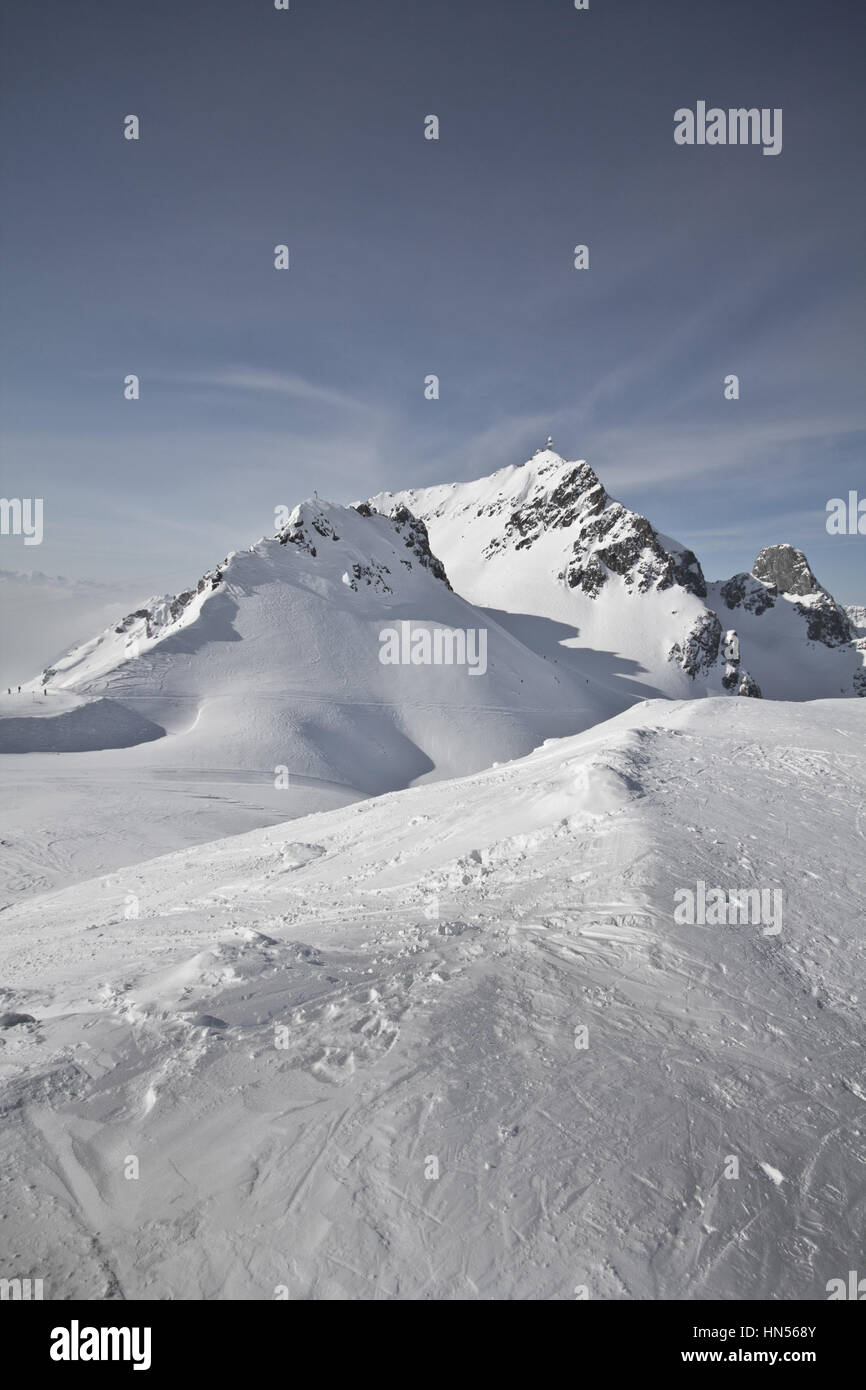 Montafon - Wonderful weather for winter sport action in Austria. Great view over some mountain ranges and peaks - Stock Image