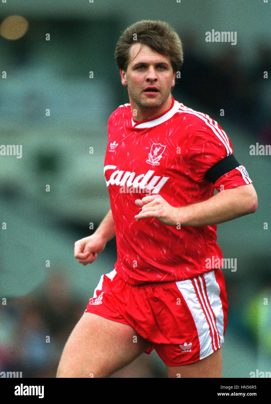 [img]https://c8.alamy.com/comp/HN56R5/jan-molby-liverpool-fc-16-april-1991-HN56R5.jpg[/img]