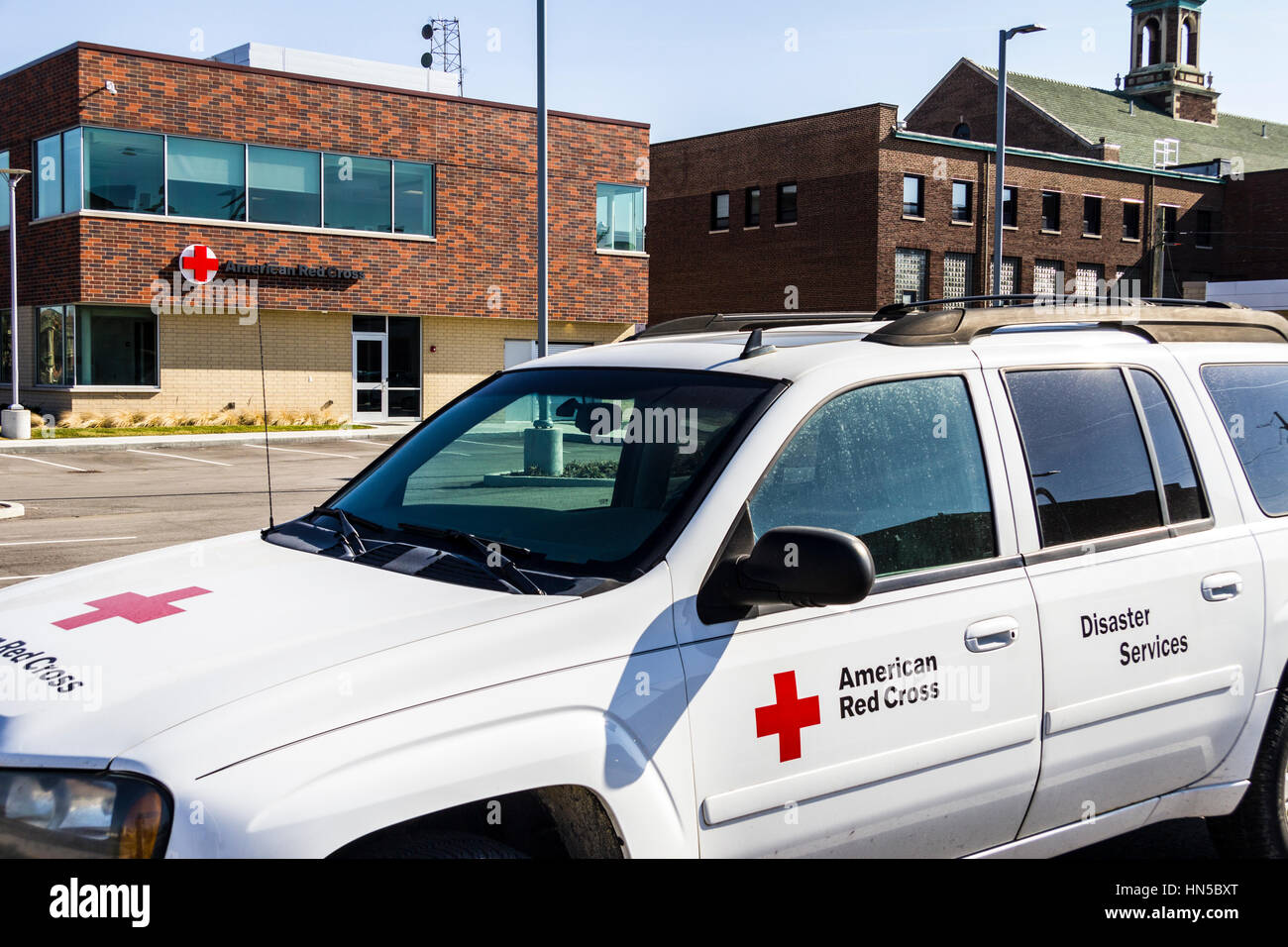 Indianapolis - Circa February 2017: American Red Cross Disaster Relief Van. The American National Red Cross provides - Stock Image