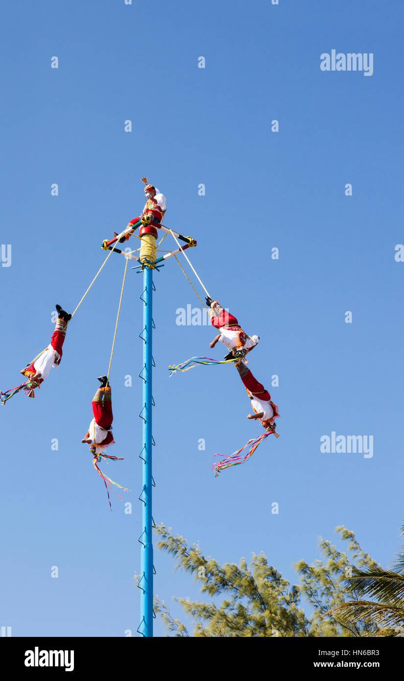 Playa del Carmen dancers, Riviera Maya, Mexico - Stock Image