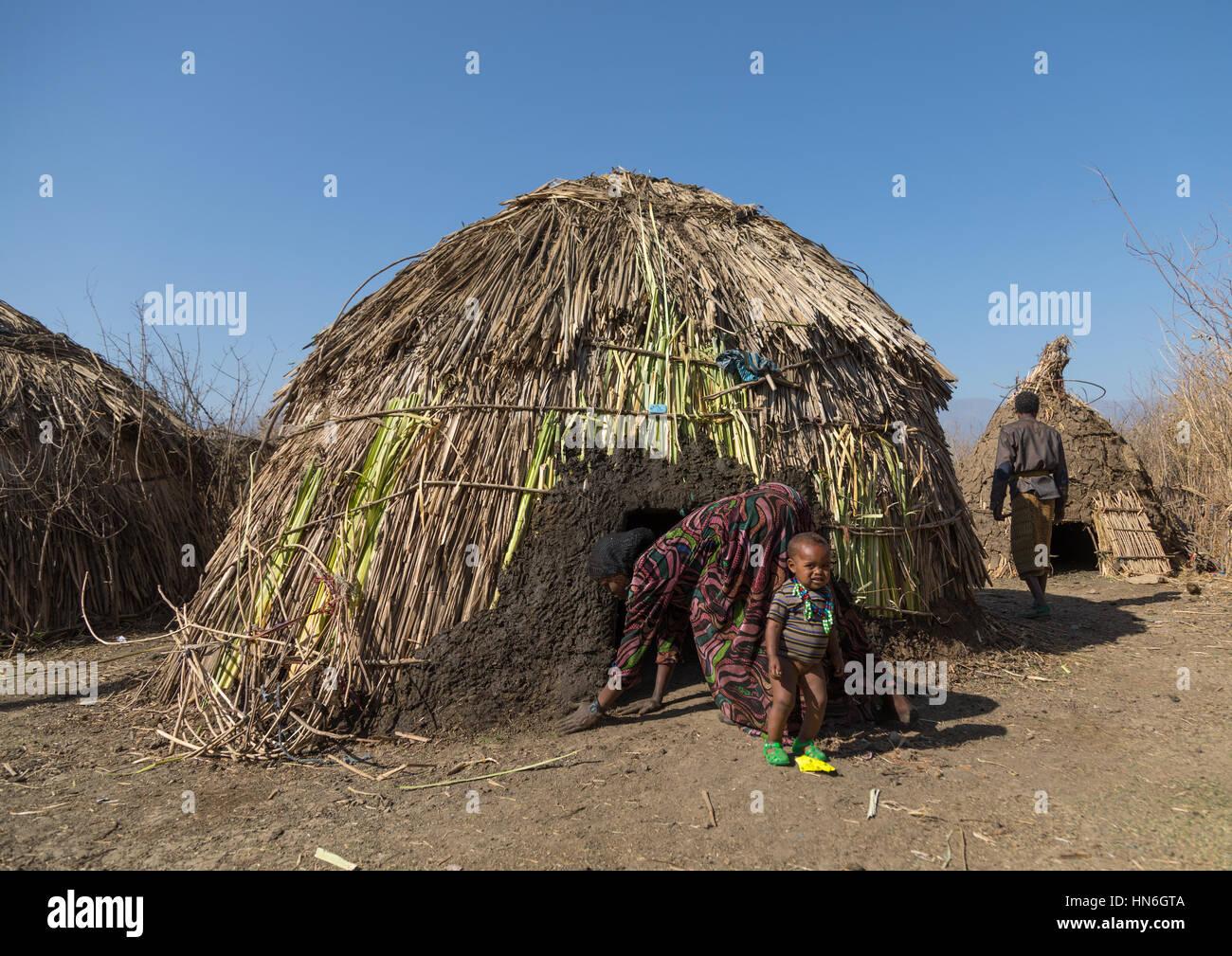Oromo Village Hut Stock Photos & Oromo Village Hut Stock