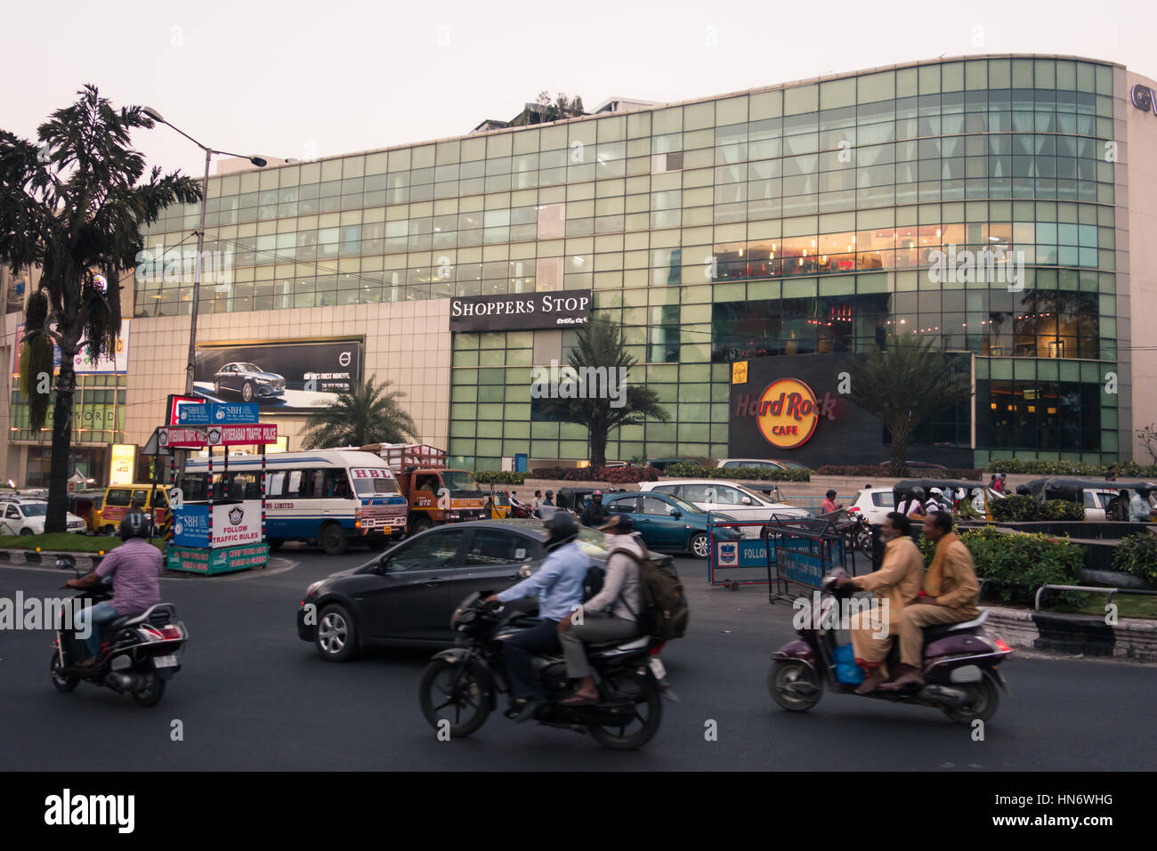 HYDERABAD, INDIA - FEBRUARY 09,2017 Evening Traffic  congestion near Hard Rock Cafe on Rd No 1 Banjara Hills in - Stock Image
